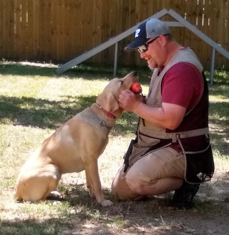 Carolina's Dog Trainer | Lancaster, SC | Richard Caughman training dog
